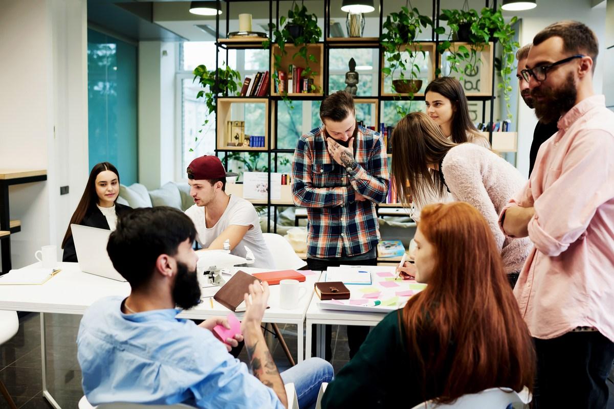 Business-Hub-Header-Employee-Engagement